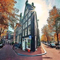 Amsterdam, Netherlands credit nephotopro