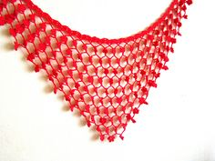 This is a very easy and relaxing project that can be completed in a few hours with some basic crochet stitches.