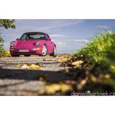 Rubystone red Porsche 964 RS. Photo by: danielmartinek.cz