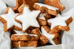 Who says Mudders can't have their protein and eat gingerbread too? Protein Cookies, Healthy Cookies, Protein Foods, High Protein, Protein Recipes, Christmas Party Food, Christmas Cooking, Eat Me Drink Me, Biscuit Recipe