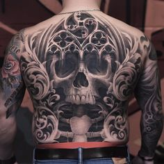 125 Best Back Tattoos For Men: Cool Ideas + Designs Guide)- Badass Skull Back Tattoo Designs Back Tattoos For Guys Upper, Cool Back Tattoos, Small Back Tattoos, Back Piece Tattoo, Pieces Tattoo, Top Tattoos, Sleeve Tattoos, Black And Grey Sleeve, Black And Grey Tattoos