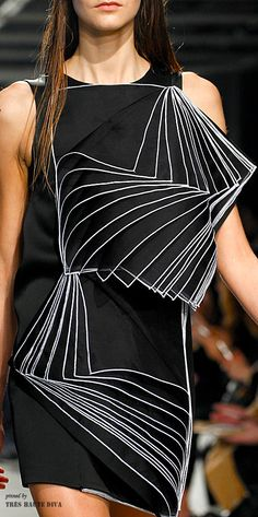 371e97841d Christopher Kane Fall 2014 ♔THD♔ Cubism Fashion