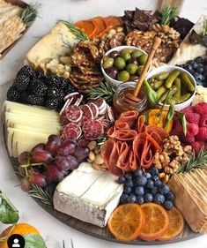 platter plate # fruit and cheese # meat and cheese # baby shower mealsBrunch Party Bbq Party Brunch Wedding Appetizers For Party Party Snacks Birthday Ideas For Guys Best Party Food Carnival Themed Party 30 BirthdayHow to Make an Epic Charcuterie BoardApp Charcuterie And Cheese Board, Charcuterie Platter, Antipasto Platter, Cheese Boards, Crudite Platter Ideas, Meat Cheese Platters, Tapas Platter, Cheese Plates, Meat Platter