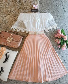 Outfits, school outfits, classy outfits, beautiful outfits, vintage out Cute Casual Outfits, Pretty Outfits, Pretty Dresses, Stylish Outfits, Beautiful Outfits, Casual Dresses, Casual Chic, Stylish Dresses, Elegant Dresses