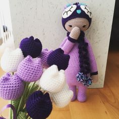 """229 curtidas, 6 comentários - Crochet Inspirations Aarhus (@crochetinaarhus) no Instagram: """"-Oh, are those for me..? ☺️😋😃💐💜💜💜💜💜Happy international women's day to all the ladies!…"""""""