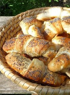 Hot Dog Buns, Hot Dogs, Ciabatta, Bagel, Croissant, Food And Drink, Bread, Brot, Crescent Roll