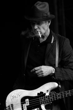 Tagged: the clash paul bass cigar classy bw b paul simonon    Posted on May 30, 2012 via Brawlers, Bawlers & Bastards with 83 notes    Source: Flickr / barneybritton