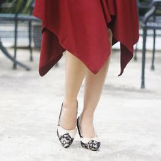 I have always loved fashion because it's a great way to express your  mood. And I'm definitely a shoe lover. The right pair of shoes can change the feel of an outfit, and even change how a woman feels about herself. A woman can wear confidence on her feet with a Emily Black Lace.  #OdetteShoes