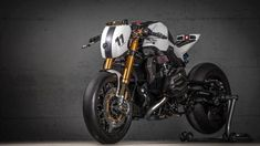 BMW R1200R von VTR Customs #bike #custom #motorcycle #moto #motorbike #bmw #r1200r #racer