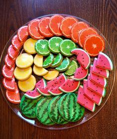 Summer Cookies, Fancy Cookies, Cut Out Cookies, Cute Cookies, Sugar Cookie Royal Icing, Iced Sugar Cookies, Cute Desserts, Cupcakes, Cookie Designs