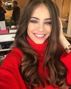 Xenia Tchoumitcheva, Red Carpet, Long Hair Styles, Beauty, Facebook, Group, Live, Instagram, Feminine
