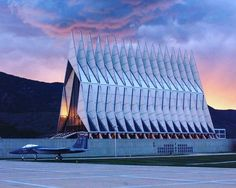 a new photo taken by inesingenieros! The Cadet chapel in the Academy of air force of United States (1962) located in the North of Colorado Springs was designed by Walter Netsch. http://ift.tt/1SeCt9Z