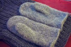 Knitting Projects, Handicraft, Mittens, Slippers, Joki, Diy, Crafts, Accessories, Craft