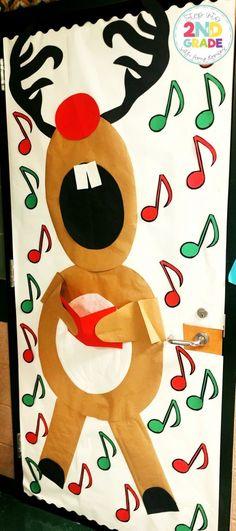 Christmas Door Decor:  Make a reindeer christmas door for your classroom, reindeer singing Christmas carols