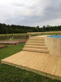 Having a pool sounds awesome especially if you are working with the best backyard pool landscaping ideas there is. How you design a proper backyard with a pool matters. Oberirdischer Pool, Small Swimming Pools, Swimming Pools Backyard, Swimming Pool Designs, Lap Pools, Indoor Pools, Small Pools, Above Ground Pool Landscaping, Above Ground Pool Decks