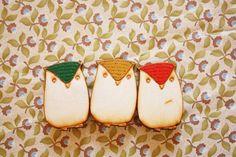 Owl Badge by Moonbeatle on Etsy, £8.00 Cute!