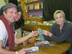 Jane Lynch knitting #celebknitters