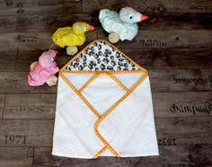 Accappatoio triangolo neonato / bimba 100% cotone di Smomlab