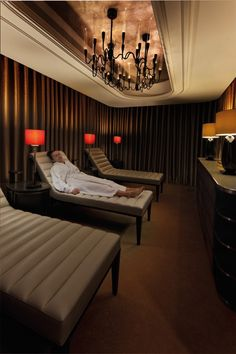 Relaxation Room, Guerlain Spa, Waldorf Astoria Edinburgh -  The Caledonian- drapery has nice sheen and looks high end