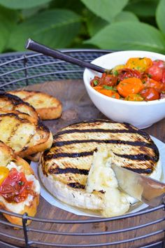Grilled Brie with Roasted Tomatoes makes for a quick and easy grilled appetizer. The perfect way to start any summer BBQ. # Grilled Brie with Tomatoes Vegetarian Recipes, Cooking Recipes, Healthy Recipes, Vegetarian Appetizers, Chickpea Recipes, Dutch Recipes, Vegetarian Grilling, Amish Recipes, Burger Recipes