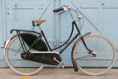 Classic fantastic - a beautiful black Gazelle