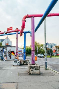 East Side Gallery, Berlin, Germany photo gallery