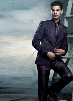 Модный мужской френч (воротник - стойка) цвета индиго   брюки   рубашка   галстук с брошью