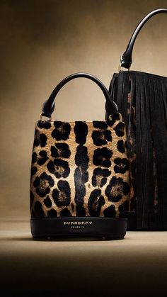 The Small Bucket Bag in Animal Print Calfskin | Burberry