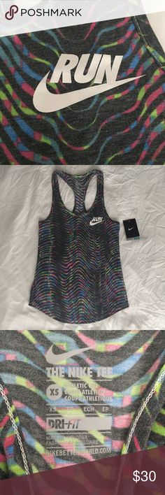 Nike Tank MAKE ME AN OFFER!! Super cute Nike running tank! New with tags. Nike Tops Tank Tops