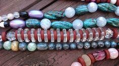 Una delle collane che formeranno la collana più lunga del mondo!