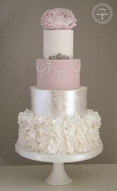 Cotton & Crumbs; To see more gorgeous wedding cakes from Cotton & Crumbs: http://www.modwedding.com/2014/06/20/wedding-cakes-exceptional-details/ #wedding #weddings #wedding_cake #whiteweddingcakes