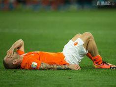 Teleurstelling bij Wesley Sneijder na verlies in halve finale
