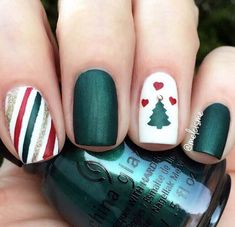 Xmas green, red & white manicure by using Christmas Tree & Gift Wrap Nail Art Stencils now OFF at Hello December! Xmas green, red & white manicure by using Christmas Tree & Gift Wrap Nail Art Stencils now OFF at Christmas Tree Nail Art, Cute Christmas Nails, Holiday Nail Art, Xmas Nails, Christmas Nail Art Designs, Red Nails, Christmas Holiday, Green Christmas, Christmas Trees