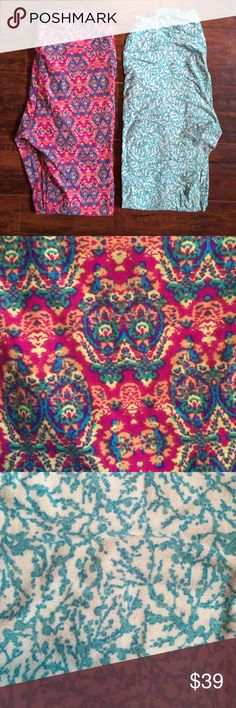 EEUC LuLaRoe Pair of OS Leggings Both leggings have been worn 2x and washed per LLR guidelines. LuLaRoe Pants Leggings