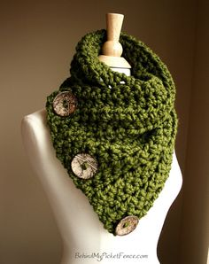 The Original BOSTON HARBOR SCARF  Warm, soft & stylish  scarf with 3 coconut buttons - Cilantro Green