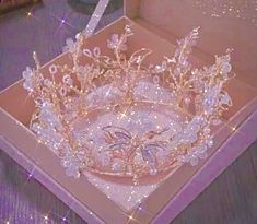 Crown Aesthetic, Queen Aesthetic, Princess Aesthetic, Classy Aesthetic, Aesthetic Colors, Bad Girl Aesthetic, Aesthetic Collage, Aesthetic Photo, Aesthetic Pastel Wallpaper