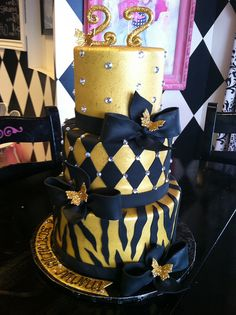 black and gold cakes | Black and Gold Birthday Cake | Flickr - Photo Sharing!