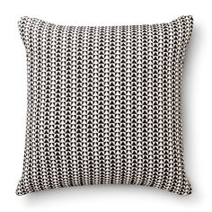 "Room Essentials� Woven Triangle Pillow (18x18"")"