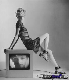 Twiggy 1967 by Bert Stern