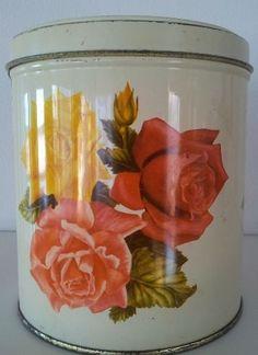 :) Vintage Tins, Roses, Retro, Home Decor, Homemade Home Decor, Pink, Rose, Decoration Home, Mid Century