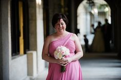 Love this pink bridesmaid dress | {Real Plus Size Wedding} Pink and Gray Florida Garden Wedding | Photography by Pure Sugar Studios | Pretty Pear Bride