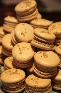 Cocoa Mademoiselle: Baklava Macarons...for Mother's Day