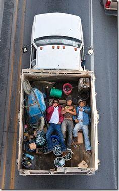 © Alejandro Cartagena | Alejandro Cartagenaes un fotógrafo dominicano (nacido en Republica Dominicana en 1977, vive y trabaja en Monterrey, México) cuyo trabajo se centra en la exploración del paisaje y el retrato como herramientas de observación de las construcciones culturales, sociales y políticas que conforman las sociedades latinoamericanas.