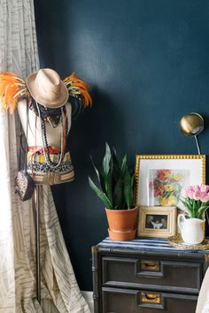 In East New York (or honestly anywhere in the five boroughs), it can be tough to make a space feel homey. For Homepolish designer Emily Gershen, heritage pieces and layered textiles did just the trick. Decor, Navy Blue Walls, House Design, Decor Inspiration, Shabby Chic Bedroom, Homepolish, Color, Custom Window Treatments, Fabric Decor