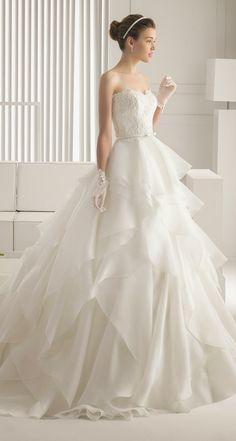Rosa Clara 2015 Bridal Collection | bellethemagazine.com