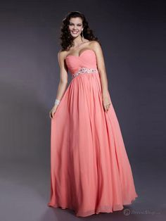 Bridesmaid dress for all shapes