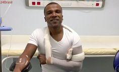 """""""Coisas da vida"""": Pires cai e fere ombro em escada de aeroporto"""