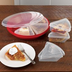 Shop Pie Keeper with Slice Savers, 8 piece at CHEFS. -