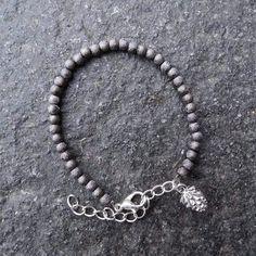 DIY Stardust Armband - Busy Beads