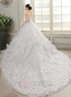 Best Charming Strapless Appliques Beading Wedding Dress